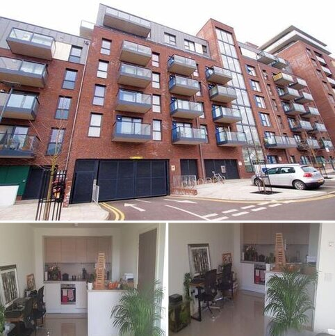 1 bedroom flat to rent - Crested Court, Shearwater Drive, Hendon Waterside, Welsh Harp, London, NW9