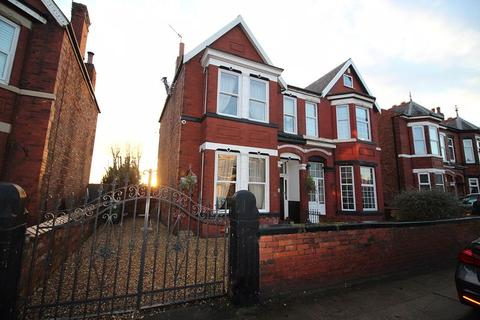 4 bedroom semi-detached house for sale - Portland Street, Southport