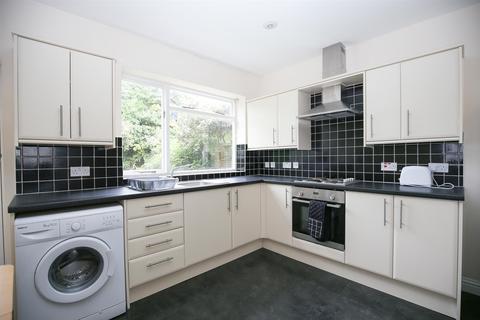 4 bedroom semi-detached house to rent - Selborne Gardens, Jesmond, Newcastle Upon Tyne