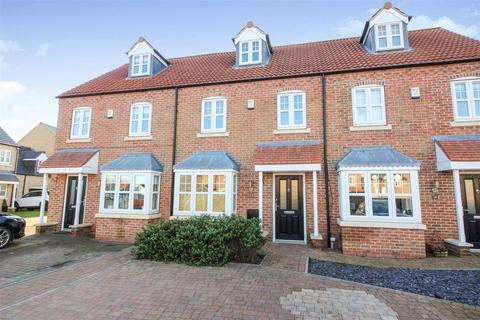 3 bedroom townhouse for sale - Priory Close, Nafferton, Driffield