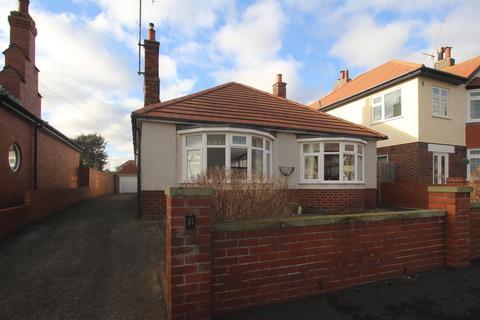 3 bedroom detached bungalow for sale - Third Avenue, Bridlington