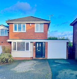 3 bedroom detached house for sale - Holly Heath Close, Sandbach