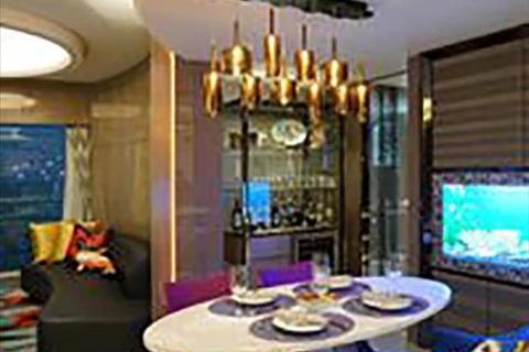 3 bedroom apartment - The Arch, 1 Austin Road West, Tsim Sha Tsui, Kowloon, Hong Kong SAR, China