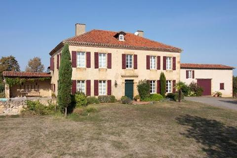 6 bedroom house - 32300 Mirande, Gers, Midi-Pyrénées, France
