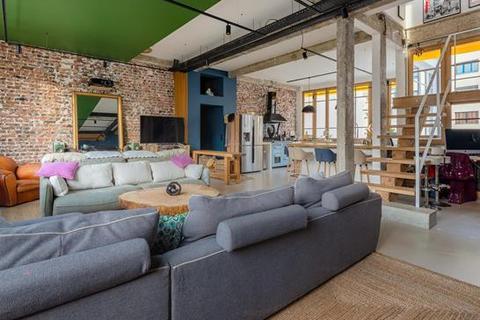 3 bedroom block of apartments - 75018 Paris 18 Buttes-Montmartre, Paris, Île-de-France.