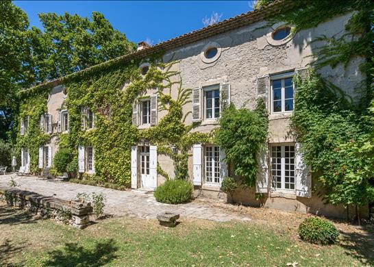 Property for sale in Avignon