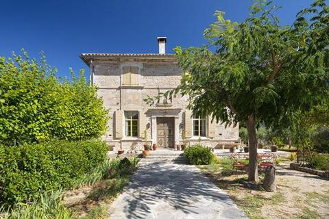 5 bedroom house - 30430 Uzes, Gard, Languedoc-Roussillon