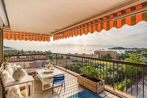 3 bedroom apartment - 06310 Beaulieu-Sur-Mer, Alpes-Maritimes, Provence-Alpes-Côte d`Azur