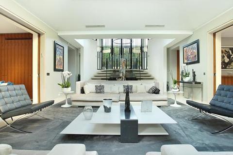 3 bedroom villa - Avenue du Maréchal Maunoury, 16e Arrondissement, 75016 Paris, Île-de-France