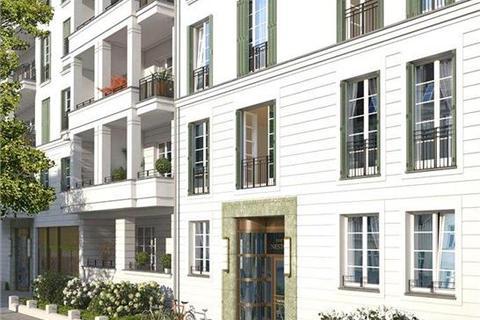 3 bedroom apartment - Am Hochmeisterplatz, Nestorstr. 51, Charlottenburg, 10709, Berlin, Germany
