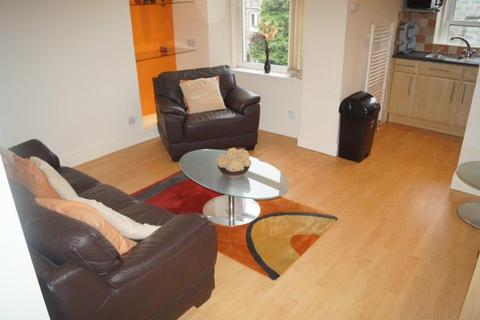 2 bedroom flat to rent - Willowbank Road, Top floor, Aberdeen AB11