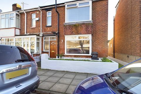 3 bedroom end of terrace house for sale - Stride Avenue, Portsmouth, Hampshire, PO3