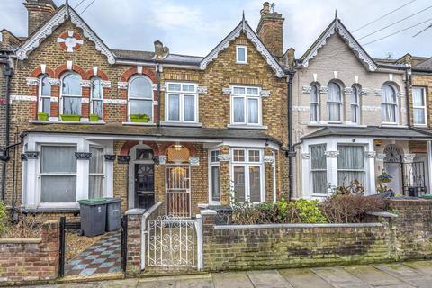 4 bedroom semi-detached house for sale - Umfreville Road, Harringay
