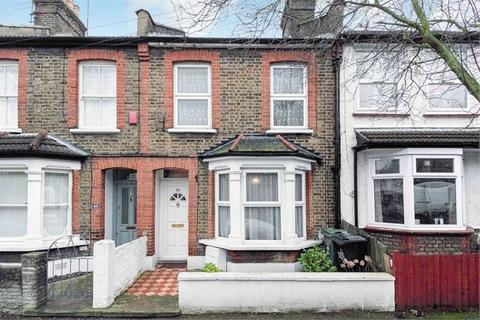 4 bedroom terraced house to rent - Oakdale Road E11