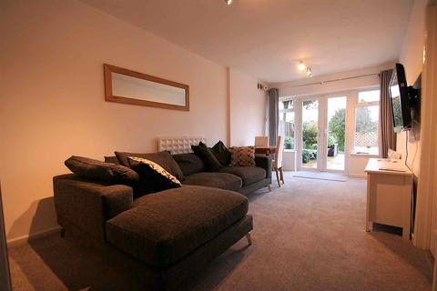 1 bedroom flat to rent - Galsworthy Drive