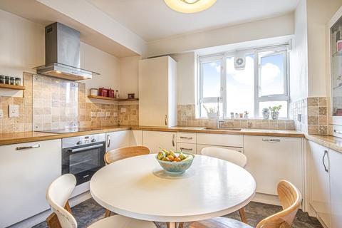 3 bedroom flat for sale - Penrose Street Walworth SE17