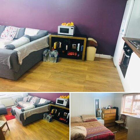 2 bedroom flat to rent - BEAUTIFUL 2 BEDROOM FLAT IN NEWBURY PARK NEAR STATION ... AVAILABLE NOW
