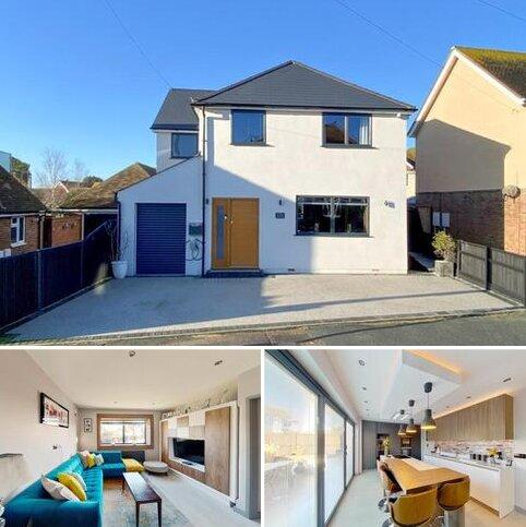 4 bedroom detached house for sale - Grand Drive, Herne Bay