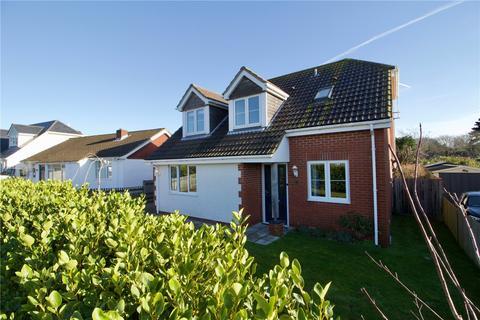 3 bedroom detached house for sale - Fullerton Road, Lymington, Hampshire, SO41