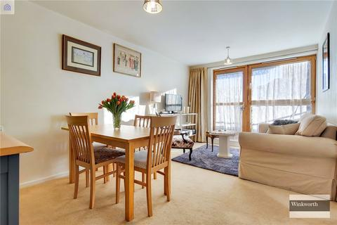 1 bedroom flat for sale - Muir Road, Hackney, E5