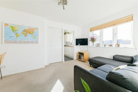 1 bedroom flat for sale - Percy Gardens, Worcester Park, KT4