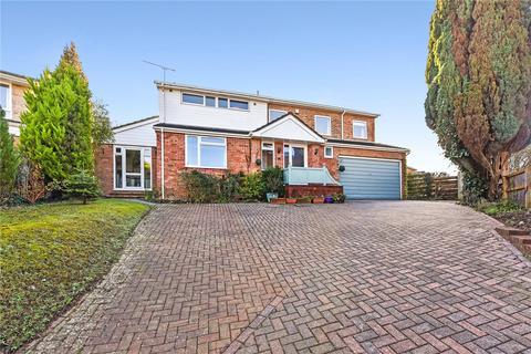 6 bedroom detached house for sale - Windsor Close, Alton