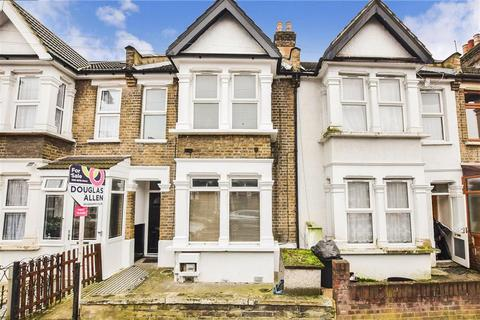 1 bedroom flat for sale - Stanley Road, Ilford, Essex