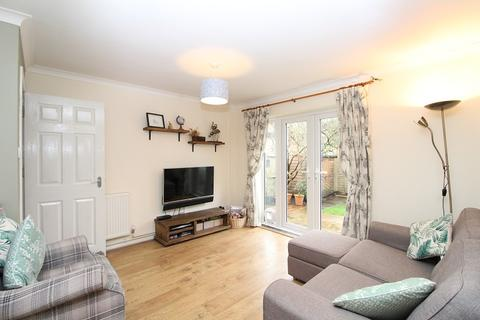 3 bedroom end of terrace house for sale - Stirling Close, Maidenbower, Crawley, West Sussex. RH10 7UZ