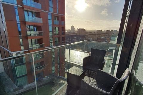 1 bedroom flat for sale - Lowe House, 12 Hebden Place, London