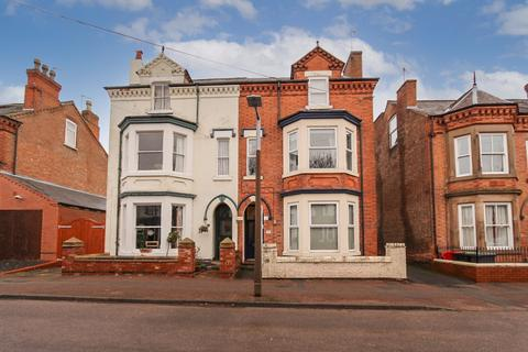 2 bedroom flat to rent - Imperial Road, Beeston, NG9
