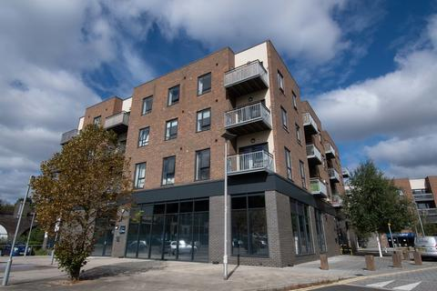 2 bedroom apartment for sale - Doust Way, Rochester