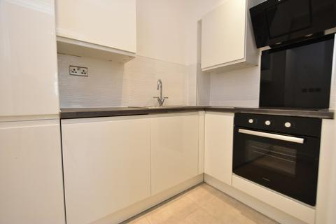 1 bedroom apartment to rent - Brand New 1 Bedroom Flat To let In Epsom