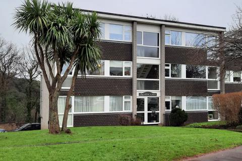 2 bedroom apartment - Rainbow Court, Torquay