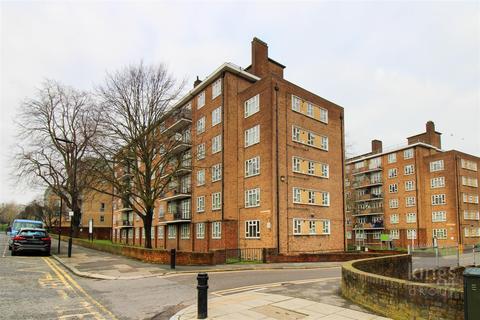 2 bedroom flat for sale - Portland Rise, London