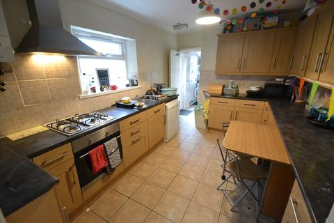 5 bedroom house to rent - Richard Street, Cathays, Cardiff