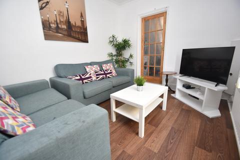 5 bedroom house to rent - Manor Street, Heath, Cardiff