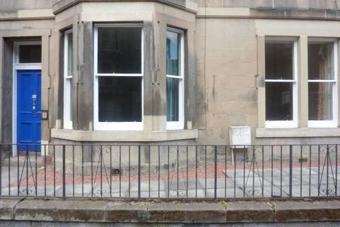 4 bedroom flat to rent - Polwarth Crescent, Edinburgh,
