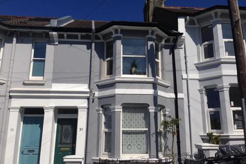 5 bedroom terraced house to rent - Bentham Road, Brighton