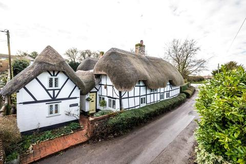 3 bedroom detached house for sale - Nether Wallop, Stockbridge, Hampshire, SO20