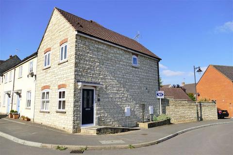 3 bedroom semi-detached house for sale - Poppy Close, Lansdowne Park, Calne