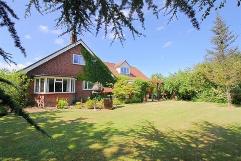 5 bedroom detached house for sale - Felmingham, NR28