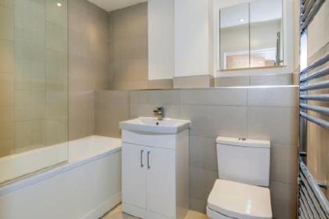 2 bedroom apartment to rent - Market Street Maidenhead Berkshire
