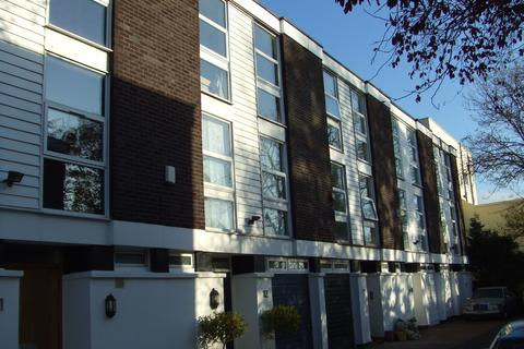 5 bedroom terraced house to rent - Elliott Square, London NW3