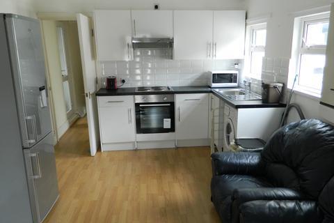 3 bedroom flat to rent - Crwys Road, Cathays, Cardiff CF24