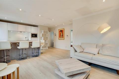 2 bedroom apartment to rent - Fuller Close, London, E2