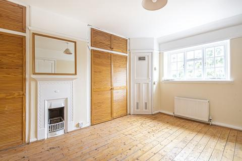 3 bedroom house to rent - Hilary Road London W12