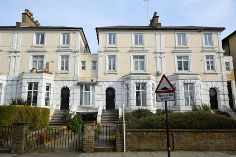 2 bedroom flat for sale - St Albans Villas, Dartmouth Patk, London NW5