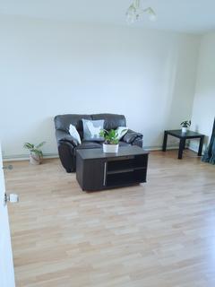 1 bedroom flat to rent - Ashley Crescent, Battersea, SW11
