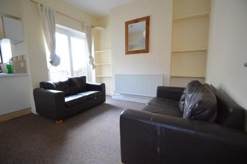 4 bedroom apartment to rent - Minny Street, Cardiff