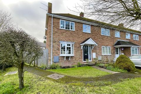 3 bedroom end of terrace house for sale - Garden Close, Cirencester